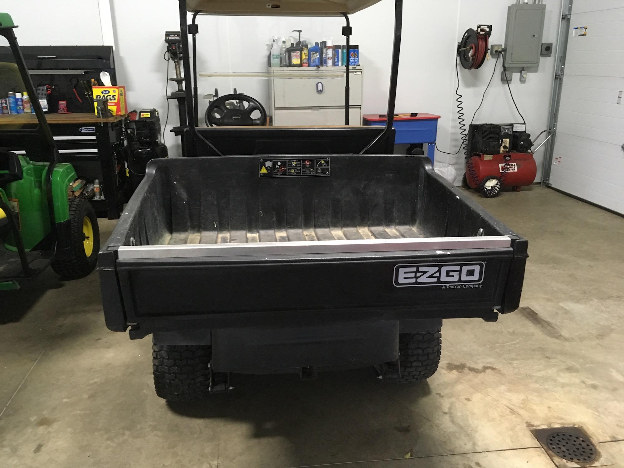 EZGO-ST-Sport-II-UtilityCart_05