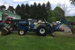 Ford-NewHolland-2120-HSS-Tractor-Loader-Backhoe_02