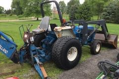 Ford-NewHolland-2120-HSS-Tractor-Loader-Backhoe_03