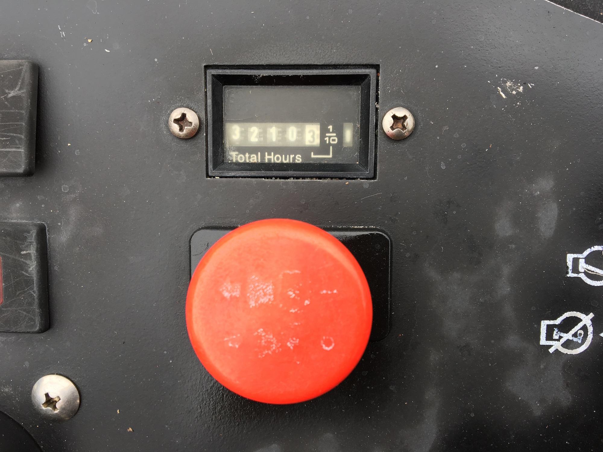 Jacobsen-AR5-WideAreaMower_2006_06