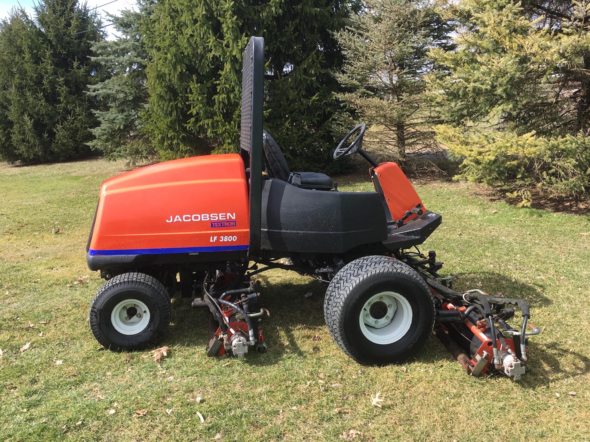 Jacobsen-LF3800-FairwayMower-01