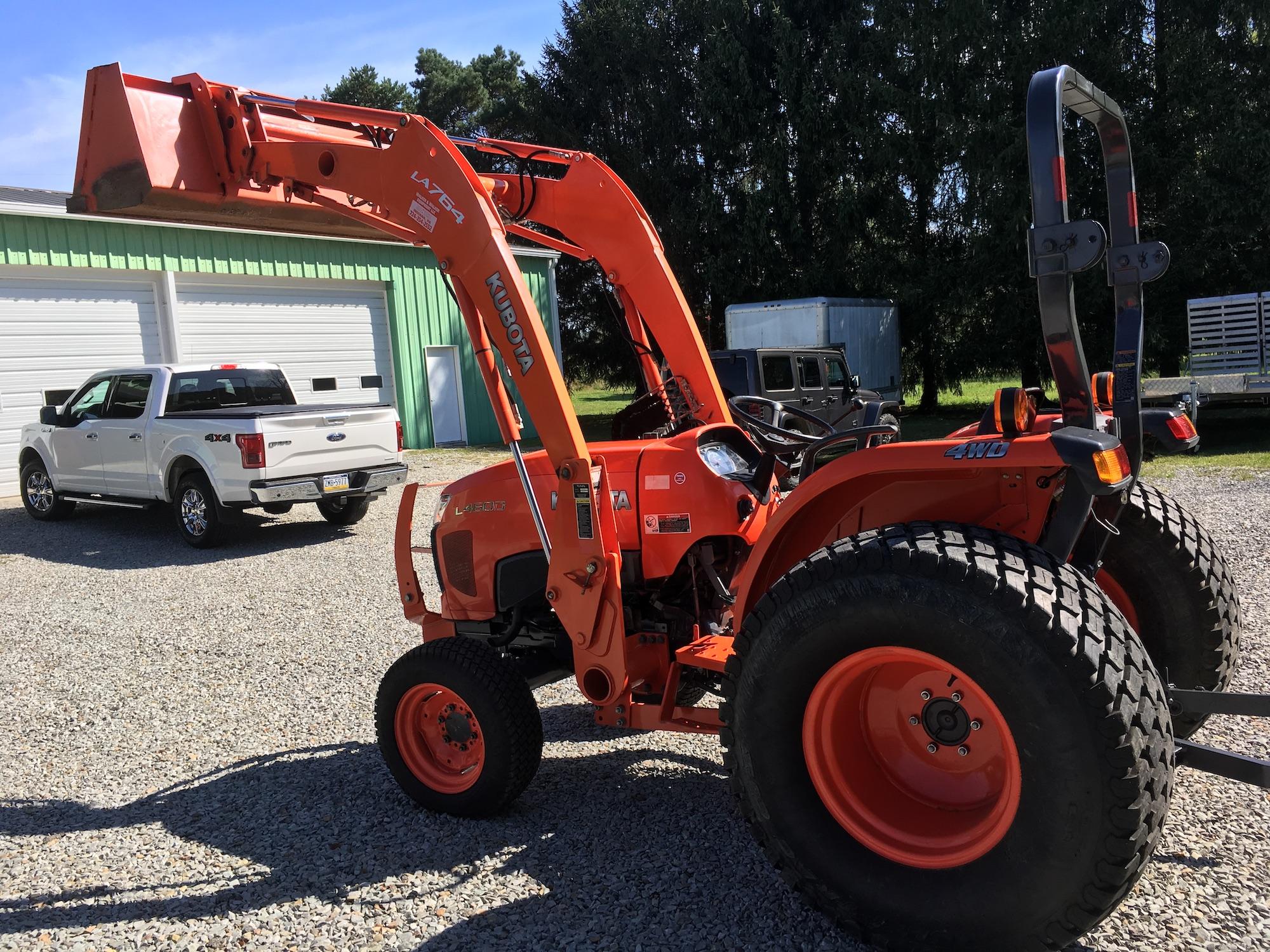 Kubota-L4600-4WD-Tractor-Loader-03