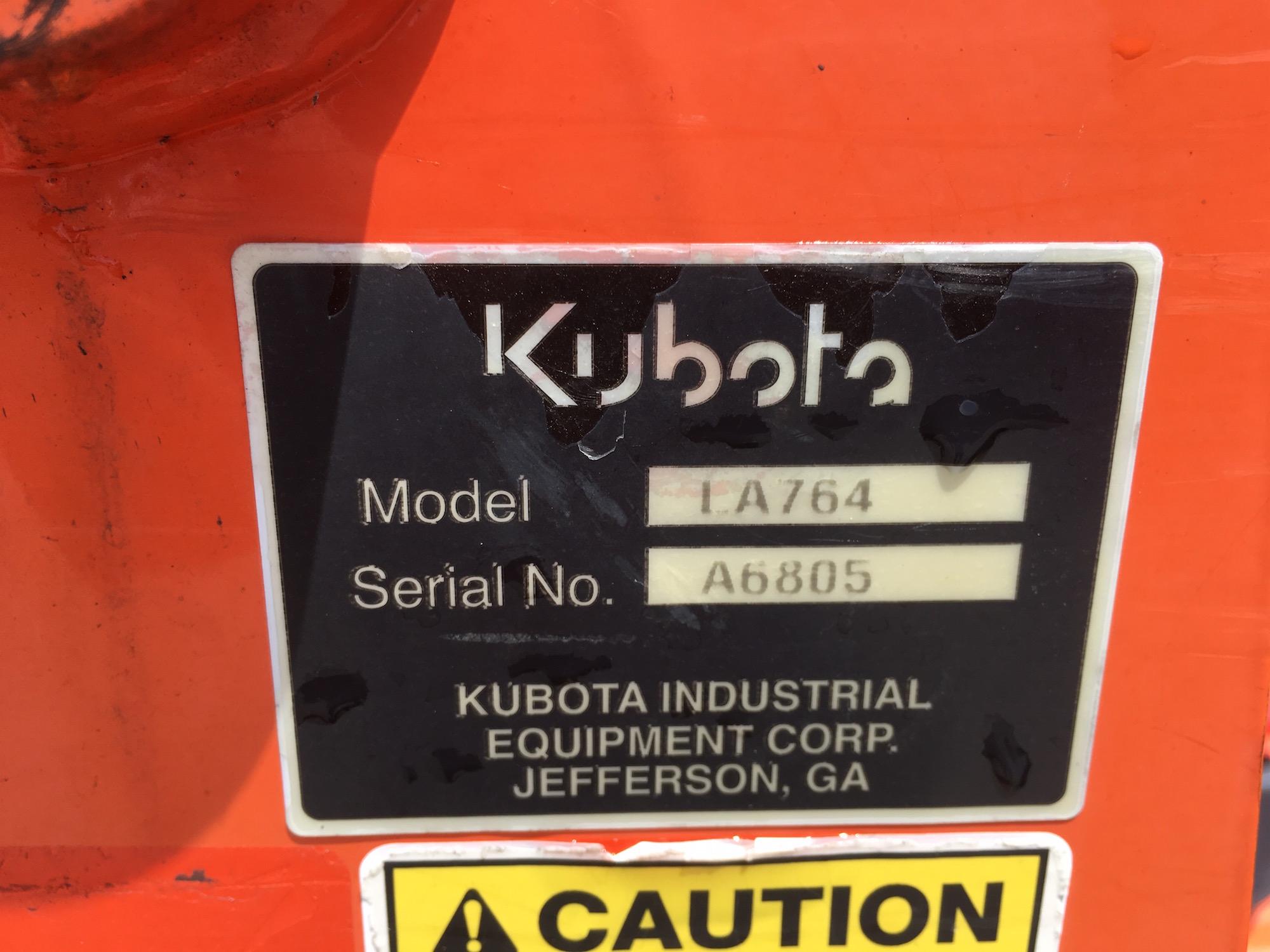 Kubota-L4600-4WD-Tractor-Loader-07