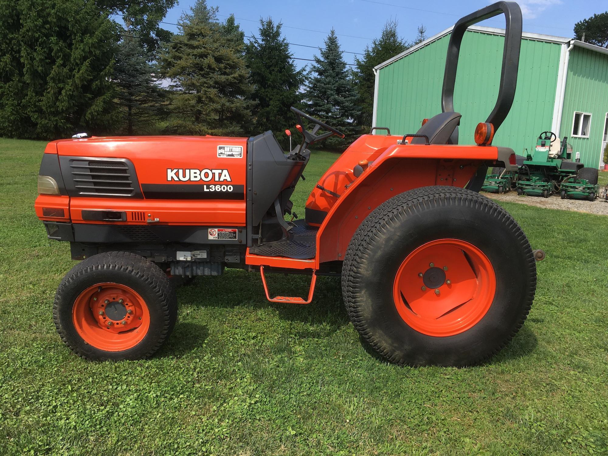 Kubota-L3600-Tractor-01