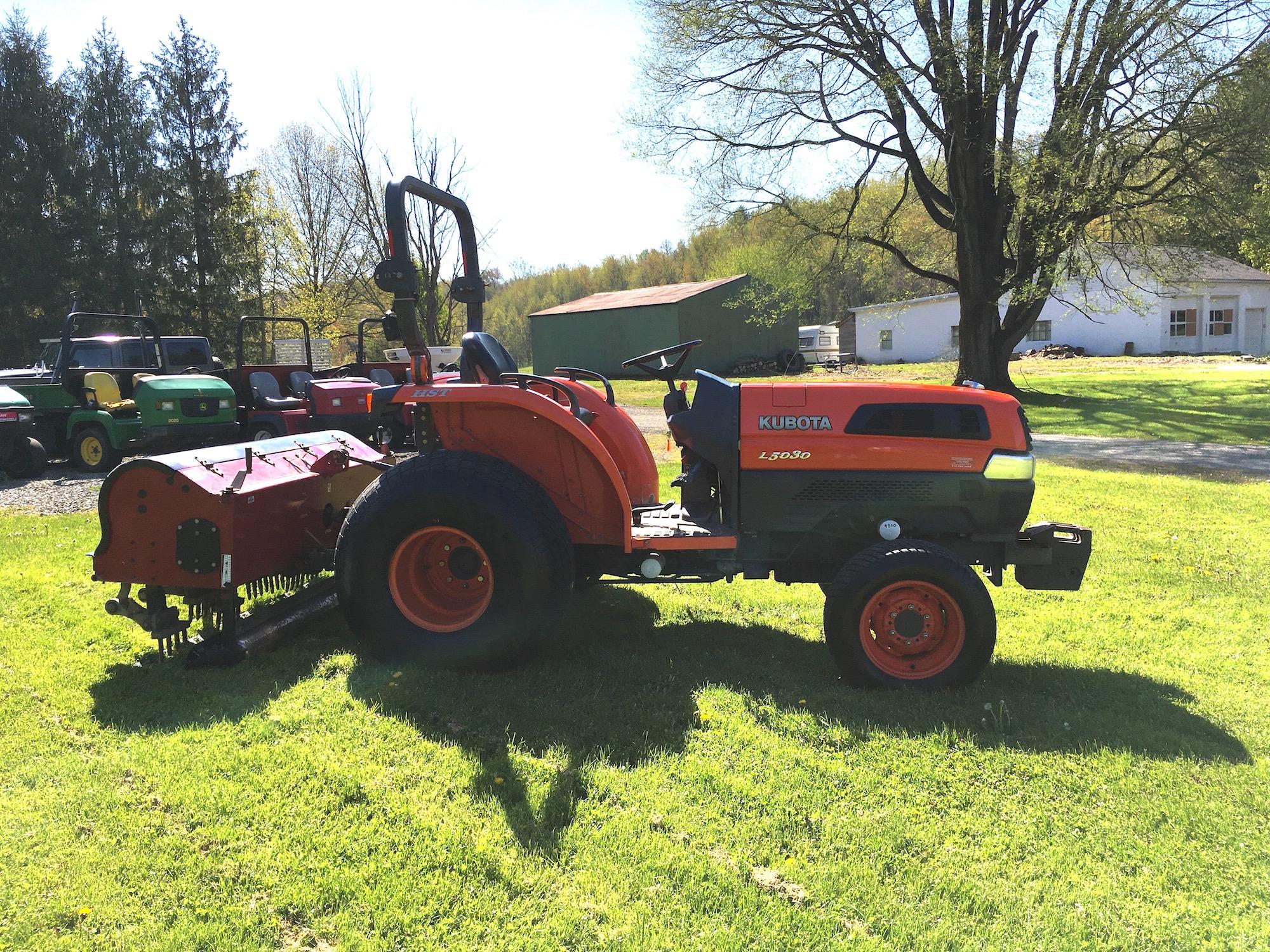 Kubota-L5030-Turf-Tractor-3
