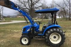 NewHolland-TC40DA-4WD-Tractor-Loader-01