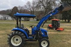NewHolland-TC40DA-4WD-Tractor-Loader-02