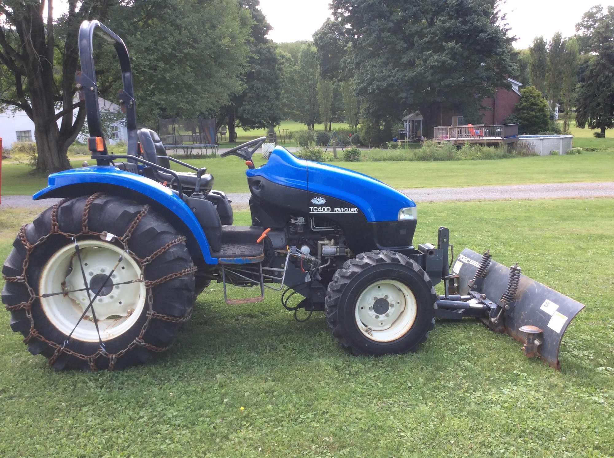 NewHolland-Tractor-TC40D_02