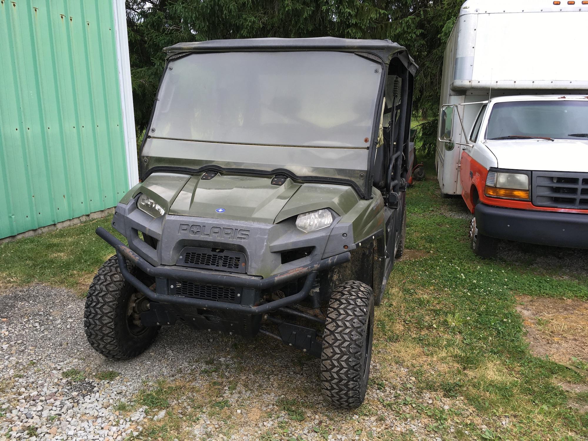 Polaris-800-Utility-Vehicle-2