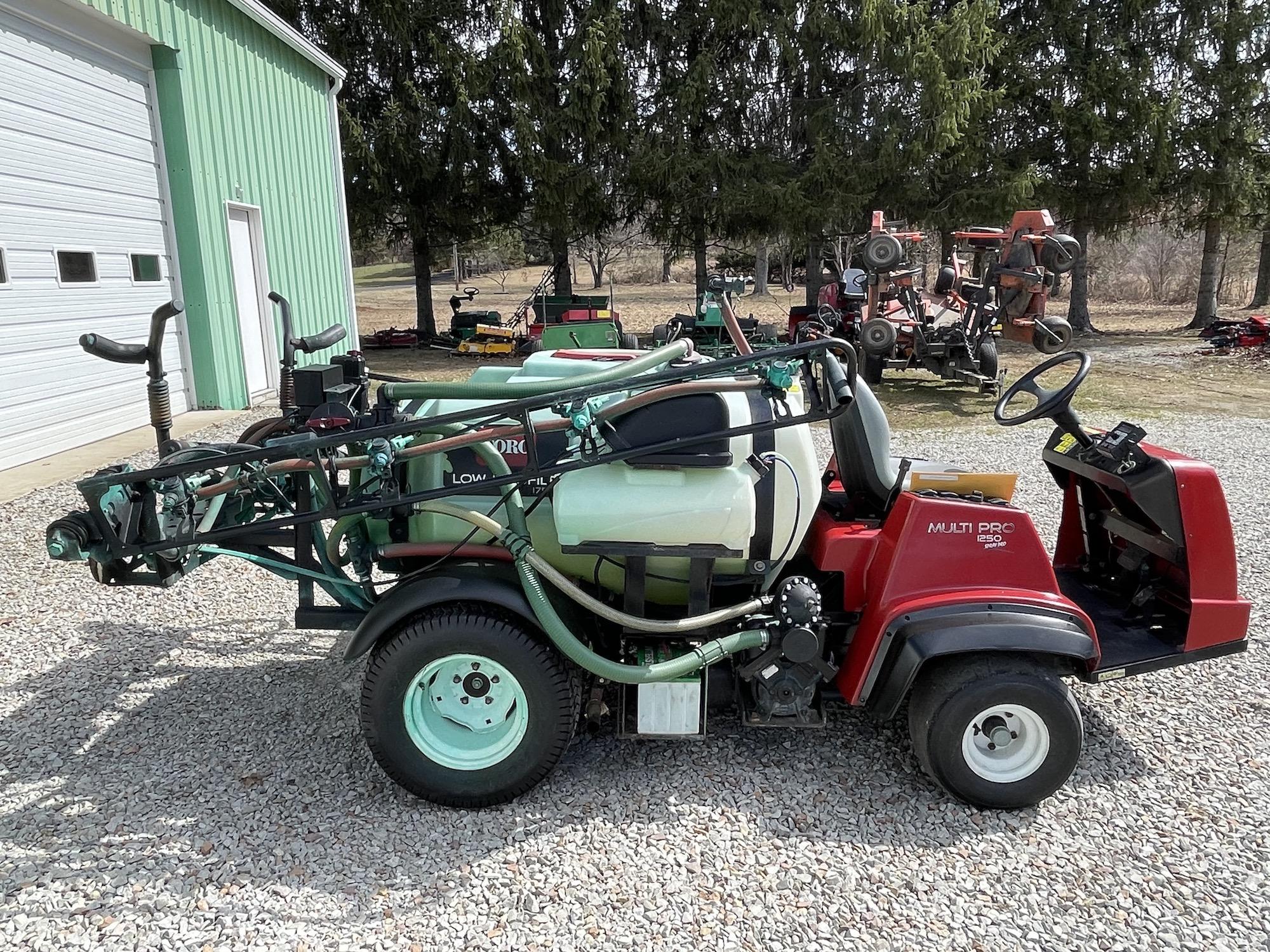Toro-1250-MultiPro-Sprayer-03