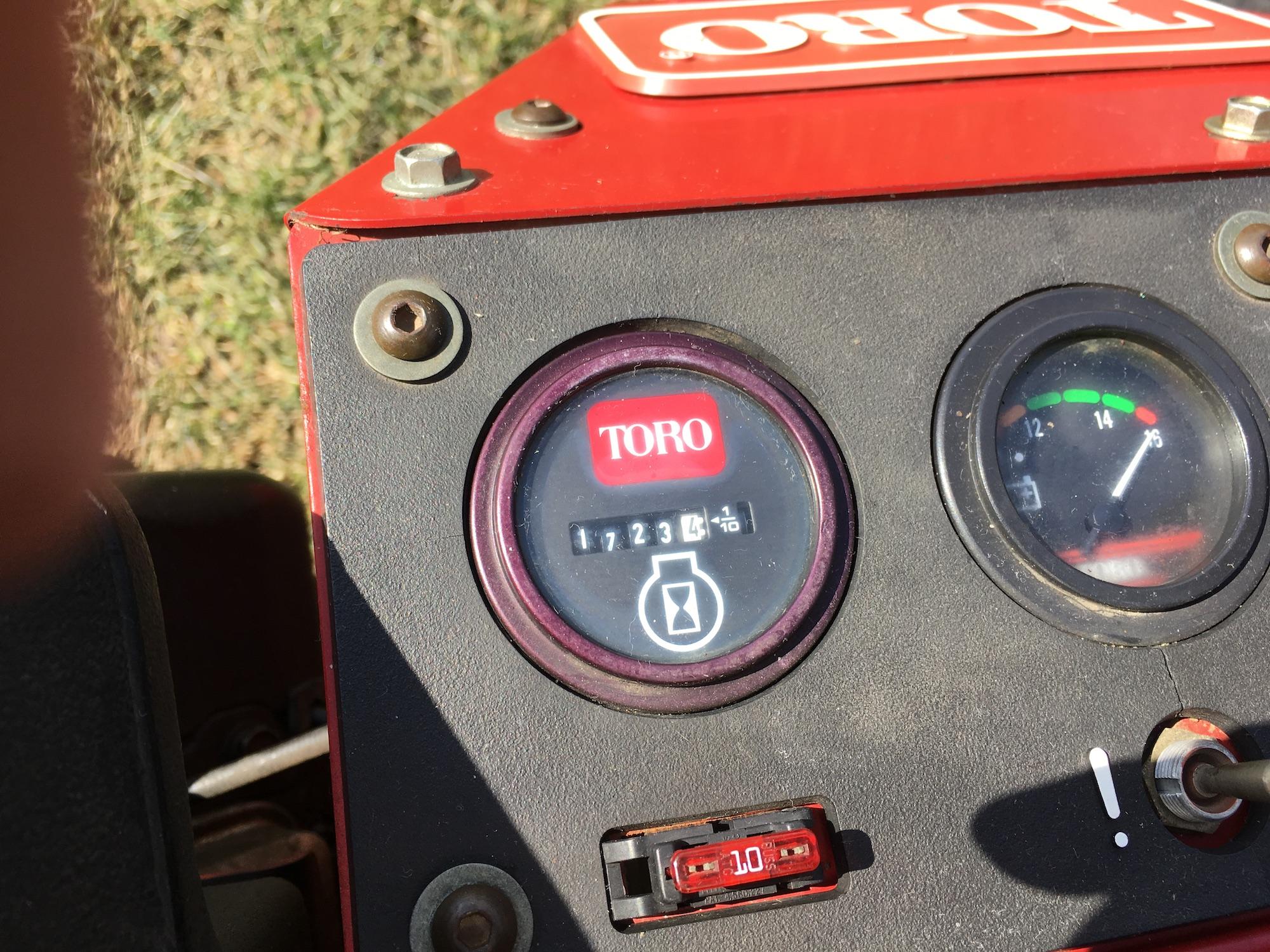 Toro-3100-Triplex-Greensmaster-Mower-05