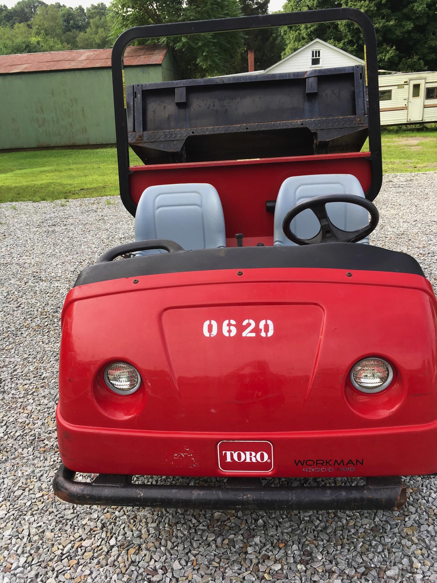 Toro-4300D-AWD-Workman-03