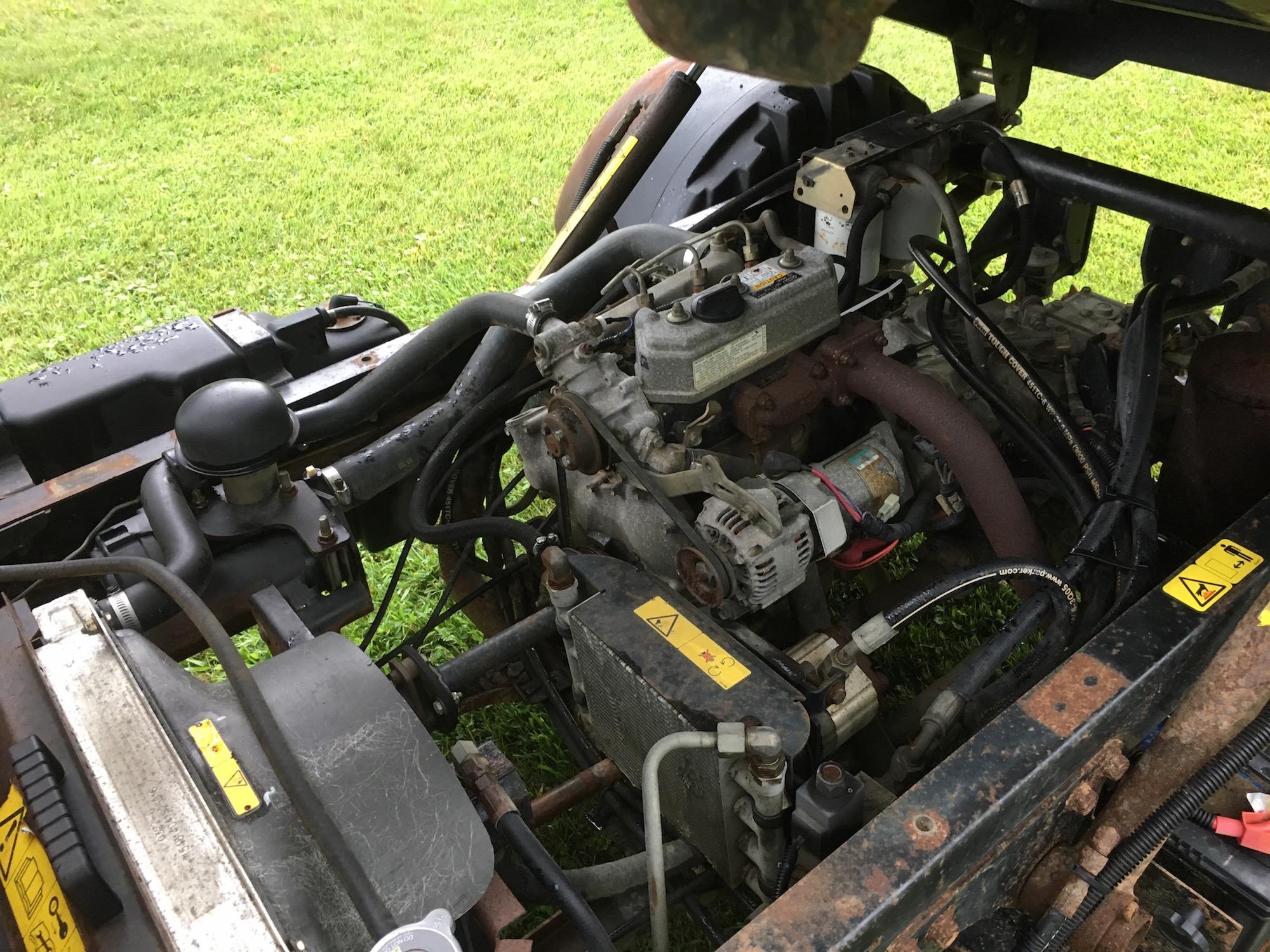 Toro-4300D-AWD-Workman-06