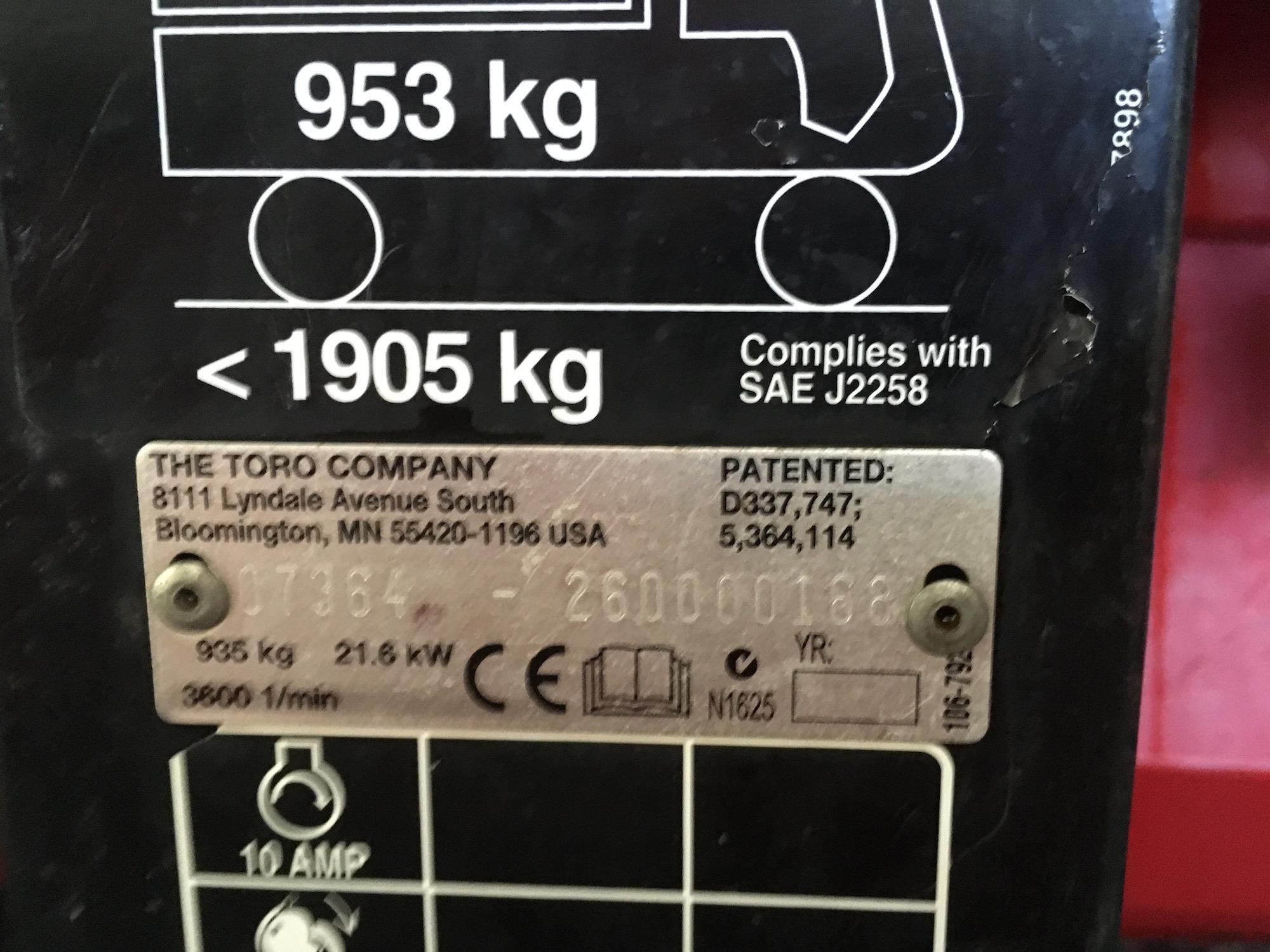 Toro-4300D-AWD-Workman-08