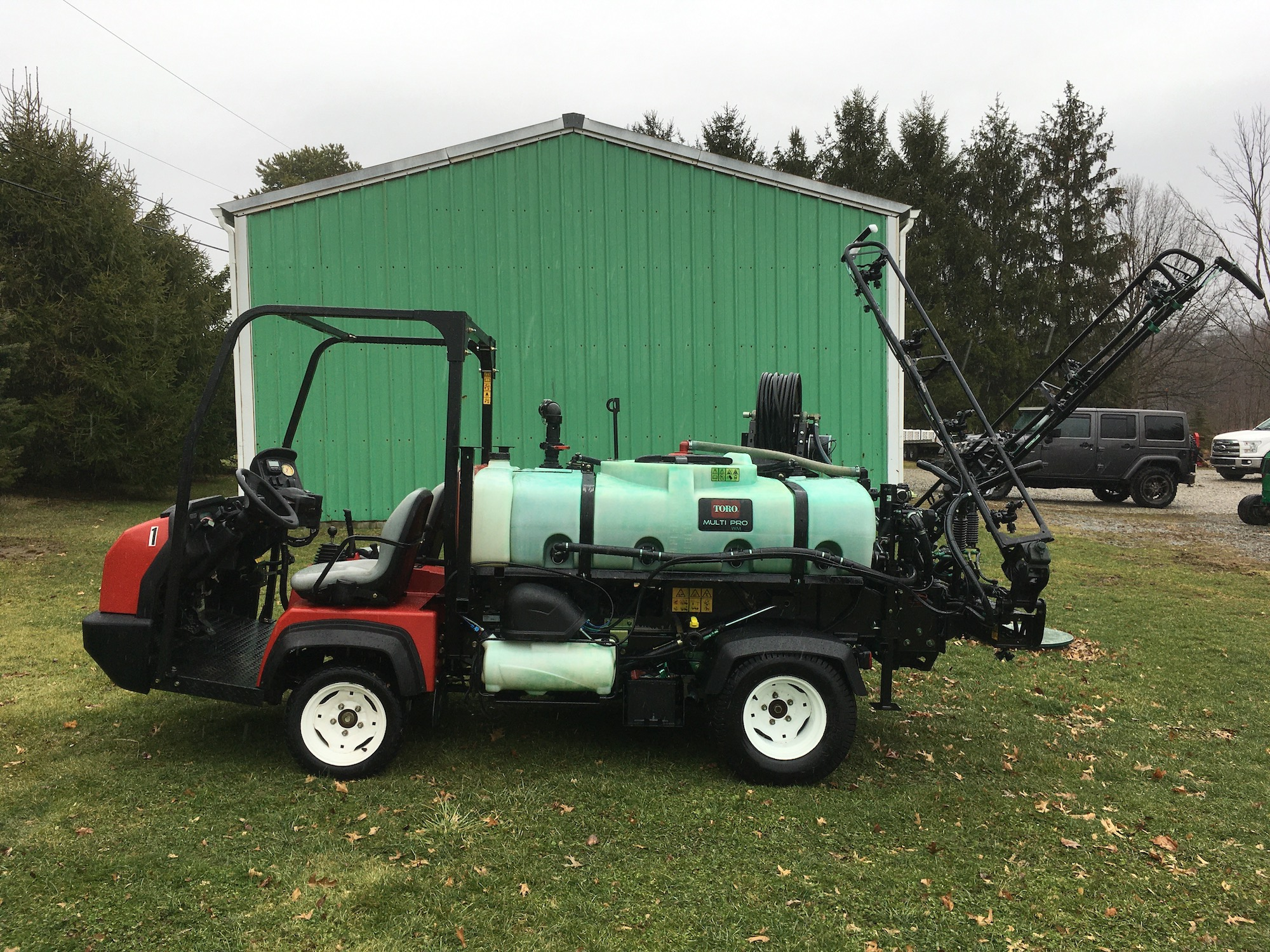 Toro-MultiProWM-41240-Sprayer-02