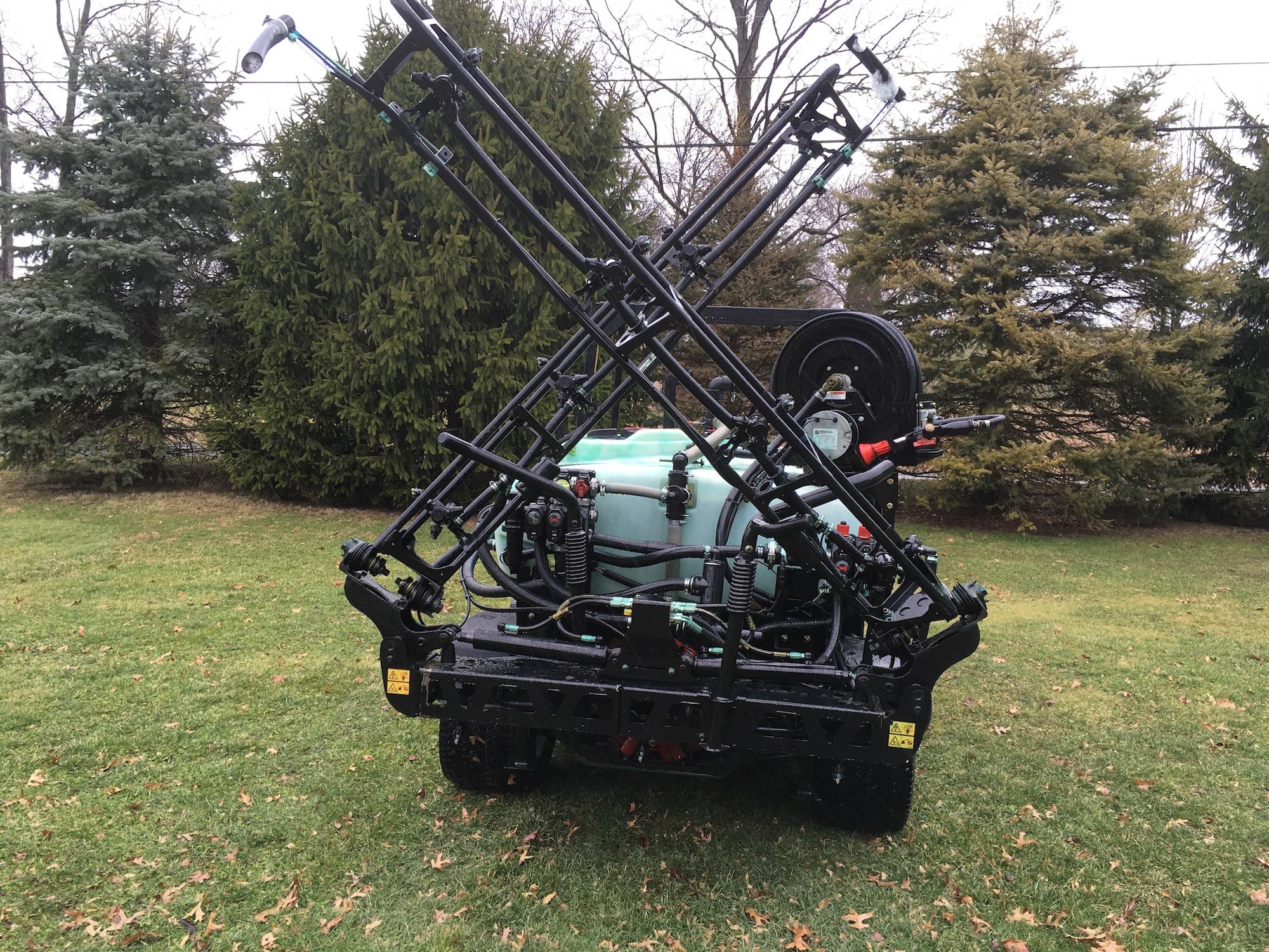 Toro-MultiProWM-41240-Sprayer-04