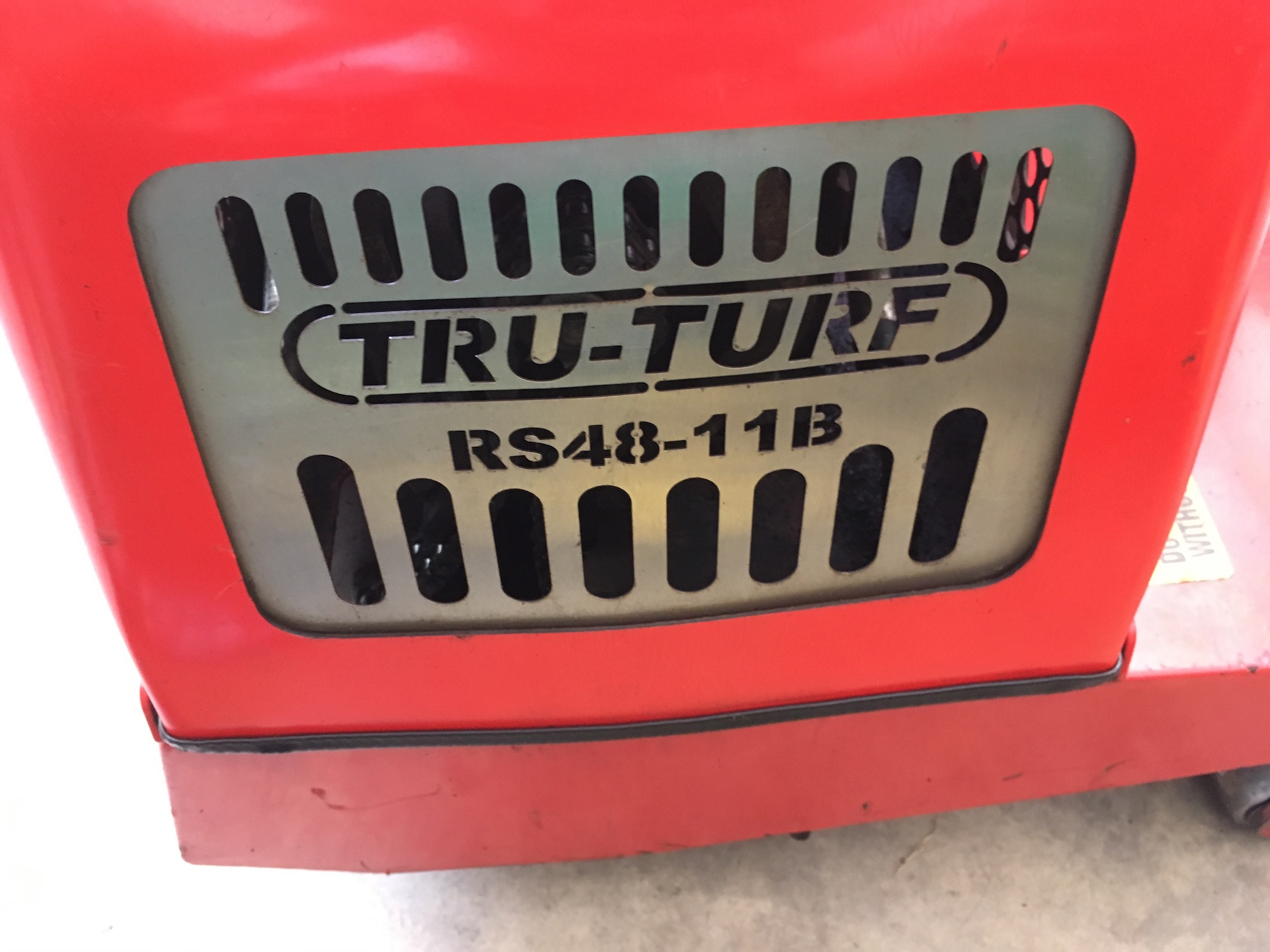 TruTurf-RS4811B-Greens-Rollers-03