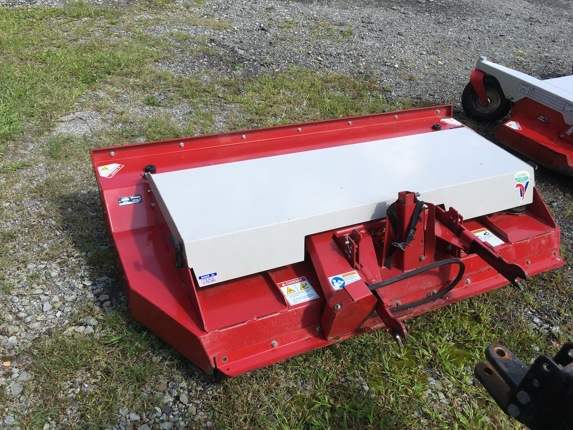 Ventrac-RotaryCutter_02